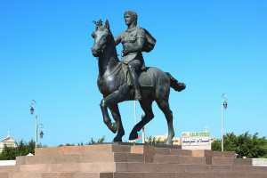 Памятник в Александрие