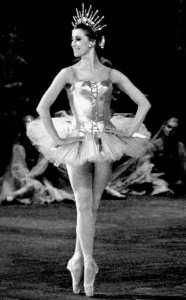 Майя Плисецкая на сцене