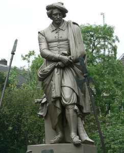 Памятник Рембрандту в Амстердаме
